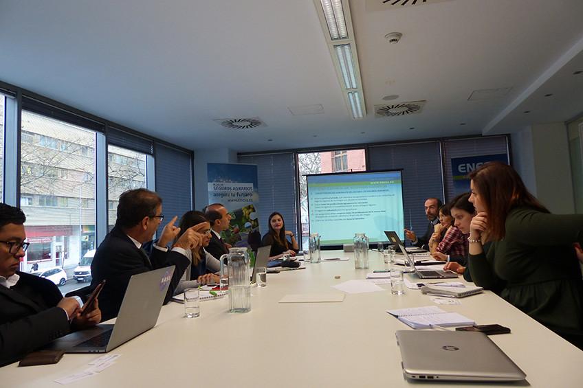 Colombia analiza el sistema de seguros agrarios español
