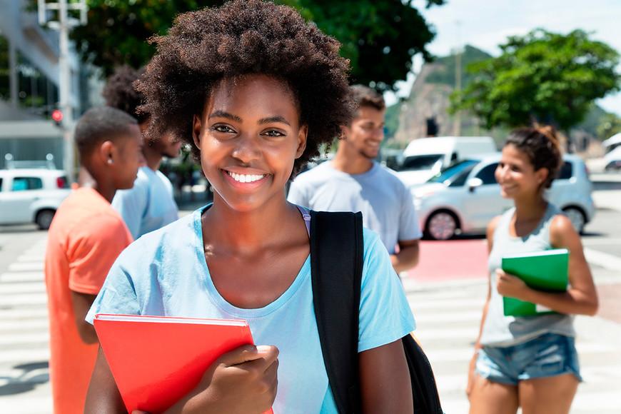 Nueva beca de Fundación Carolina para estudiantes colombianos