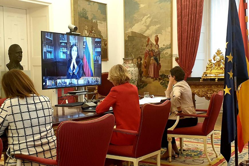 España e Iberoamérica: diálogos para vencer al COVID-19