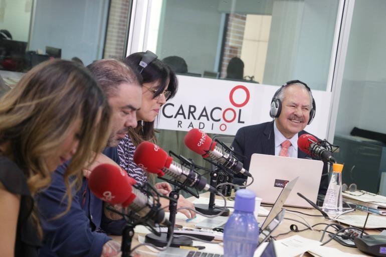 Colombia, un país pegado a la radio