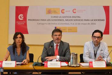 El ministro de Justicia visita Colombia