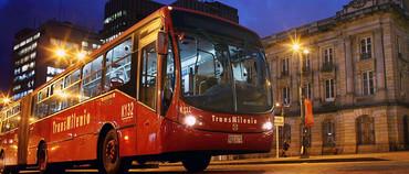 Bogotá estrena sus primeros autobuses a gas natural