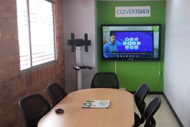 Charmex Internacional abre su primera oficina en Bogotá
