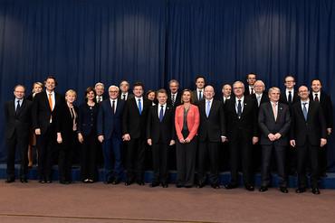 La UE aprueba el fondo para el apoyo al proceso de paz en Colombia