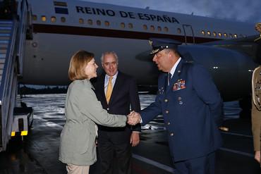 María Dolores de Cospedal visita a los observadores españoles en Colombia
