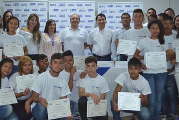BBVA entrega 170 becas de formación tecnológica en Colombia