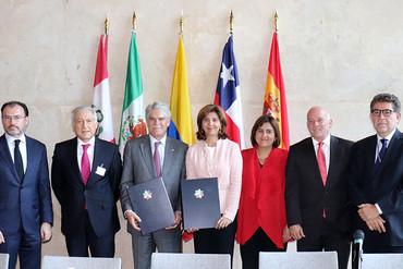 España intensifica su relación con la Alianza del Pacífico