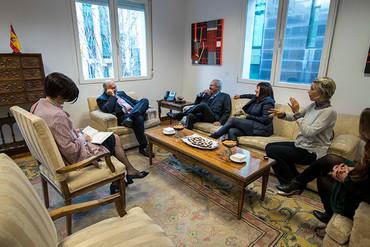 Briefing con el embajador de Colombia en España