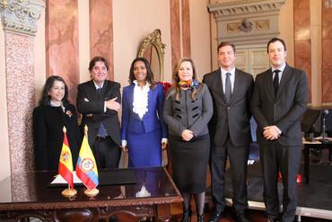 Los institutos Cervantes y Caro y Cuervo renuevan su convenio de colaboración